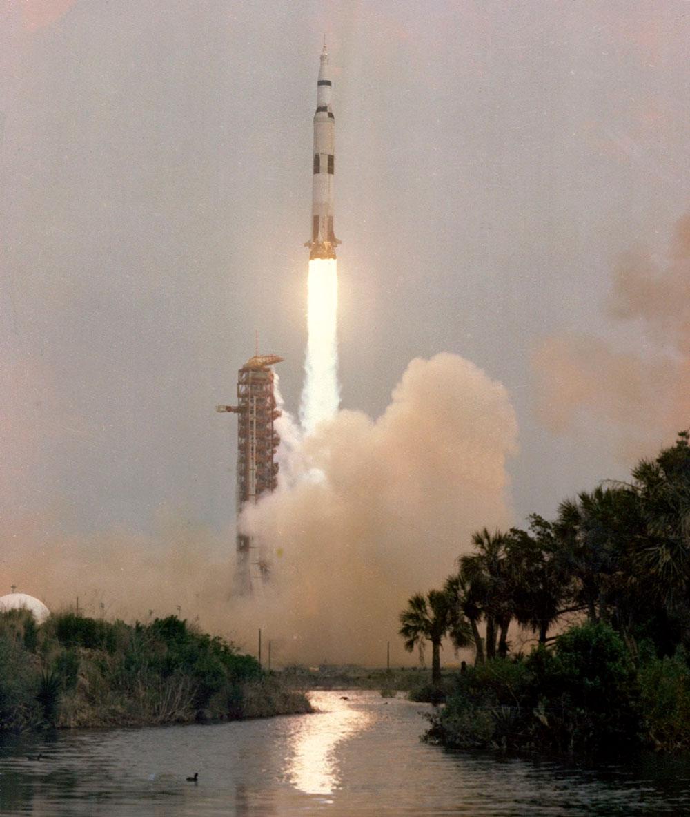Lanzamiento del Apolo 13