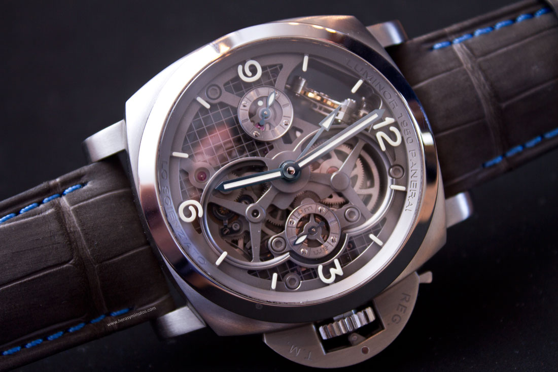 Lo-Scienziato-Luminor-1950-Tourbillon-GMT-Titanio-8-HorasyMinutos