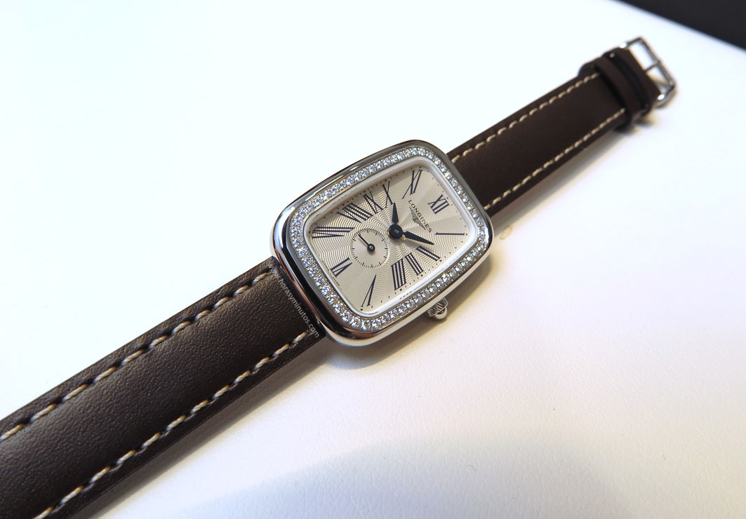 Longines-Equestrian-Collection-buckle-1-Horasyminutos