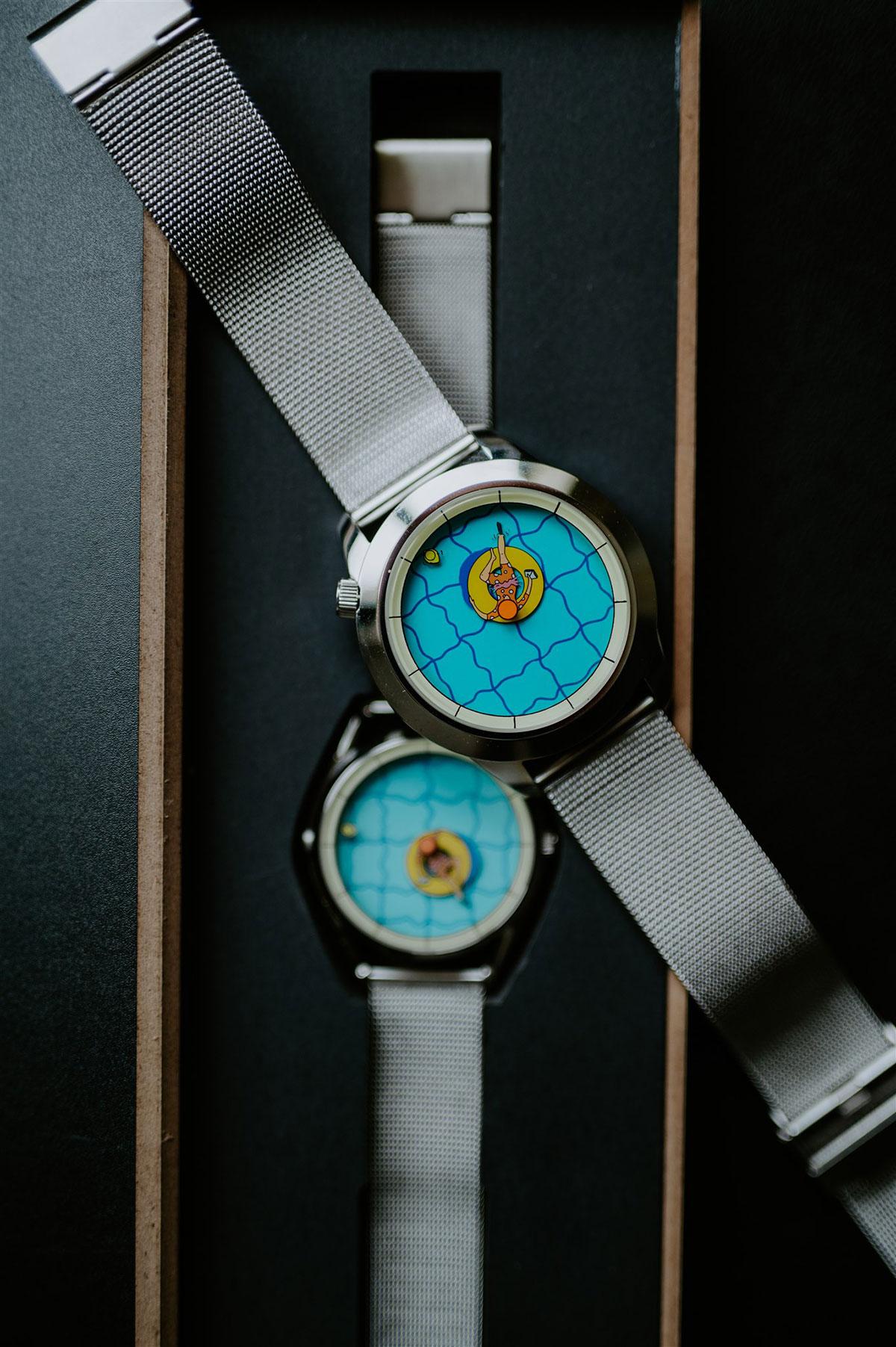 Los dos tamaños de Una Tarde Perfectamente Inútil de Mr. Jones Watches