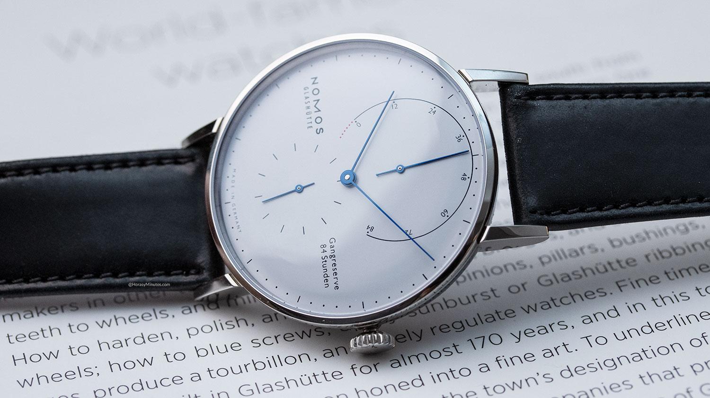 Otra imagen del Nomos Lambda 175 Years Watchmaking