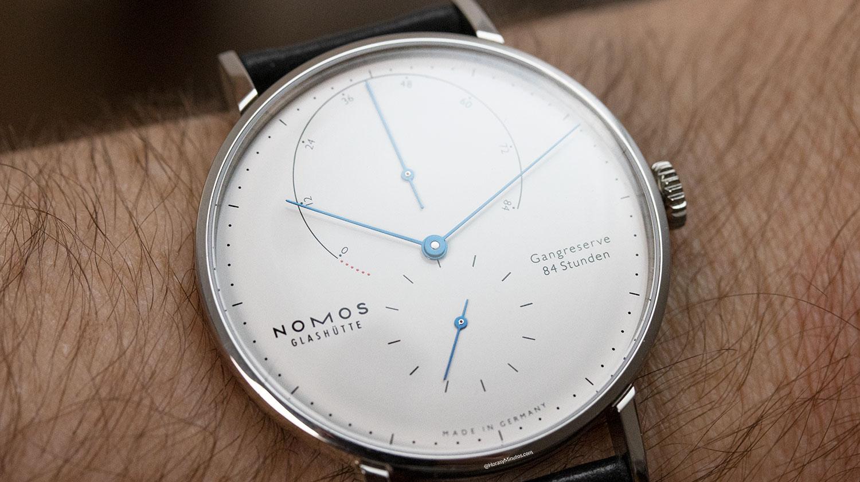 Texto del Nomos Lambda 175 Years Watchmaking