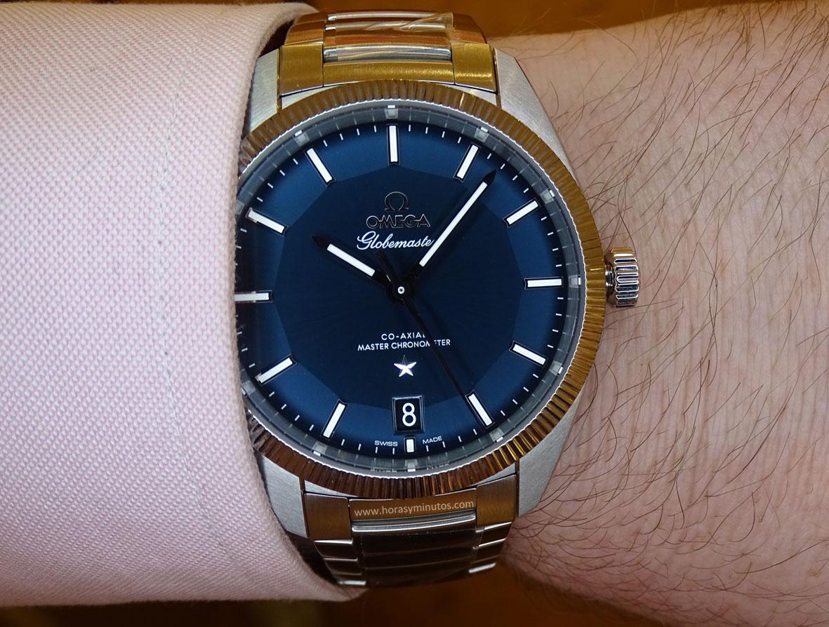 OMEGA-Globemaster-Master-Chronometer-acero-esfera-azul-2-Horas-y-Minutos