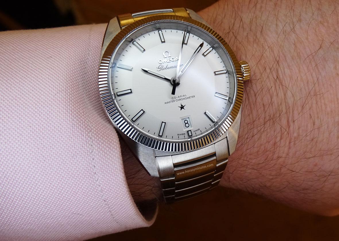 OMEGA-Globemaster-Master-Chronometer-acero-esfera-plateada-Horas-y-Minutos