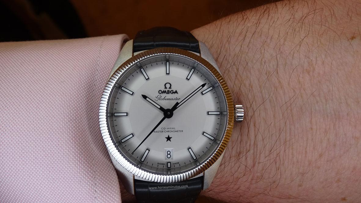 OMEGA-Globemaster-Master-Chronometer-acero-esfera-plateada-correa-de-piel-1-Horas-y-Minutos