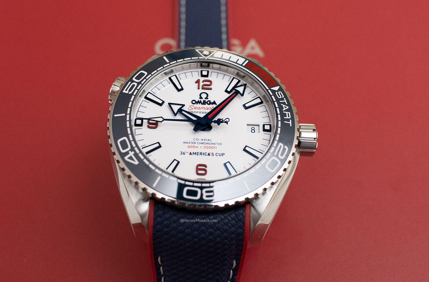 Perspectiva del OMEGA Seamaster Planet Ocean 36th America's Cup Limited Edition