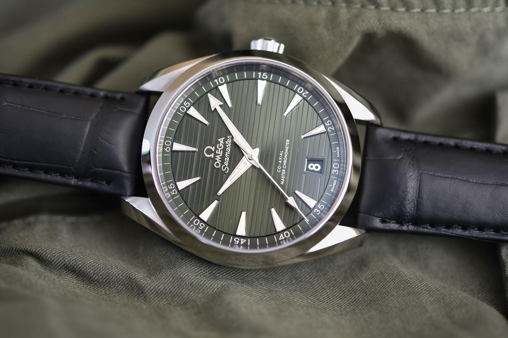 El Omega Seamaster Aqua Terra 150M Master Chronometer con correa de aligátor