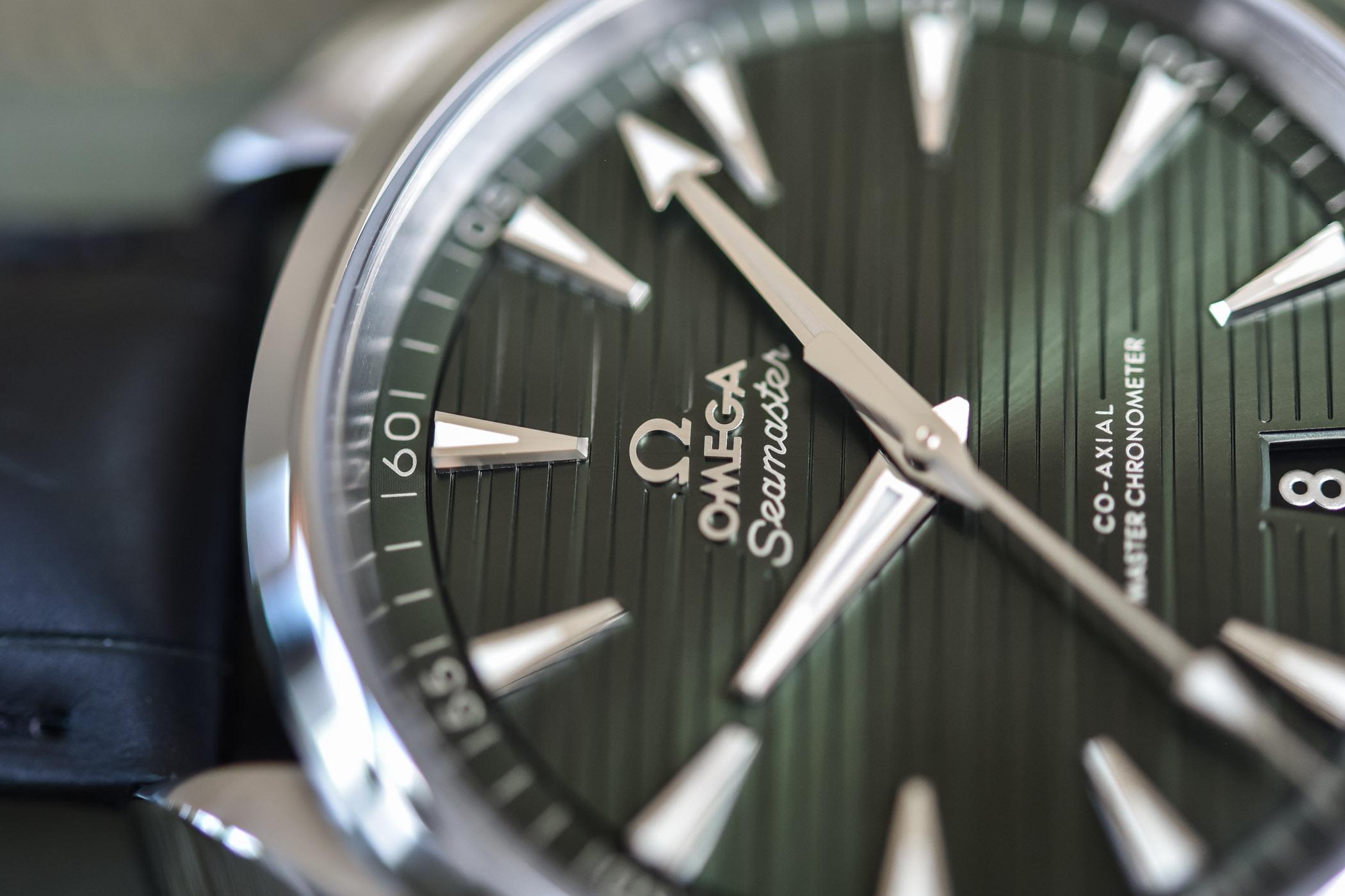 Detalle de la esfera del Omega Seamaster Aqua Terra 150M Master Chronometer