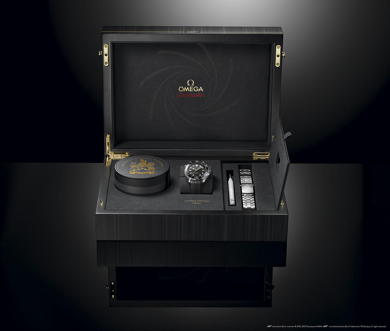 """Caja del Omega Seamaster Diver 300M """"On Her Majesty's Secret Service"""" 50th Anniversary"""
