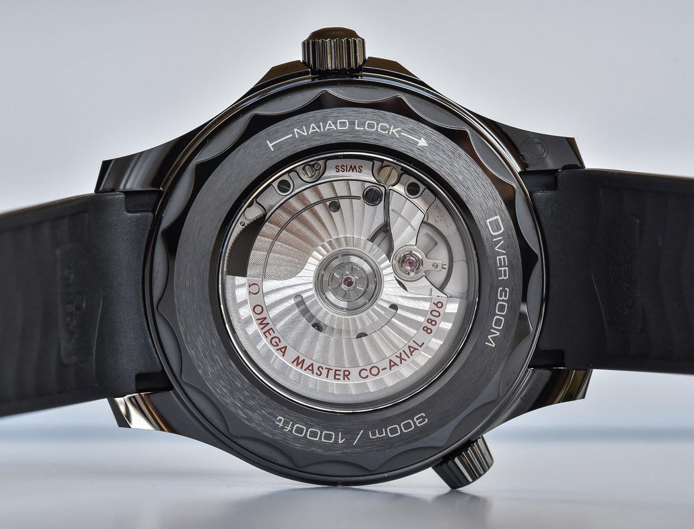 Calibre 8806 del Omega Seamaster Diver 300M Black Black