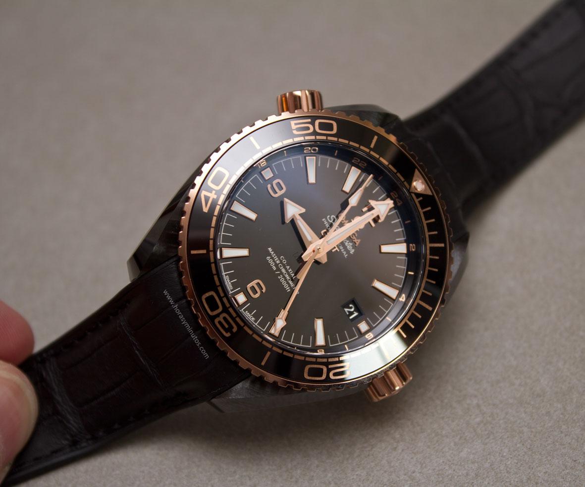 Omega-Seamaster-Planet-Ocean-Deep-Black-11-Horasyminutos