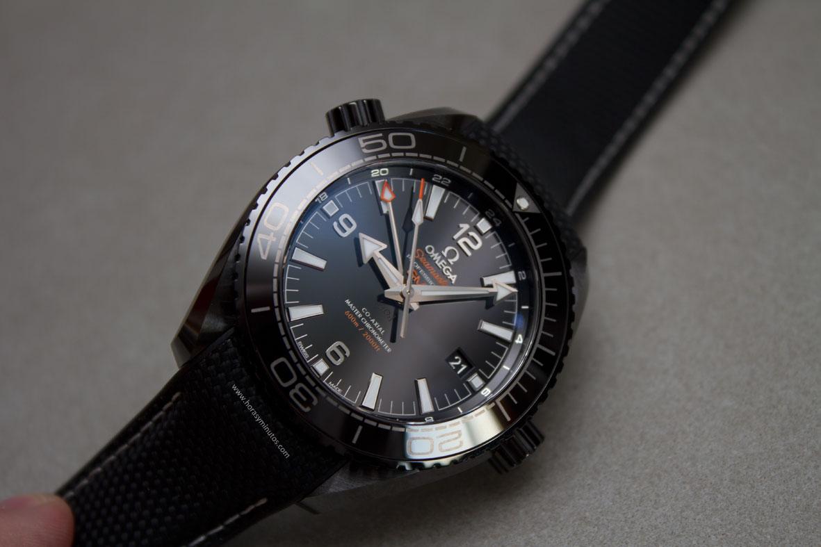 Omega-Seamaster-Planet-Ocean-Deep-Black-19-Horasyminutos