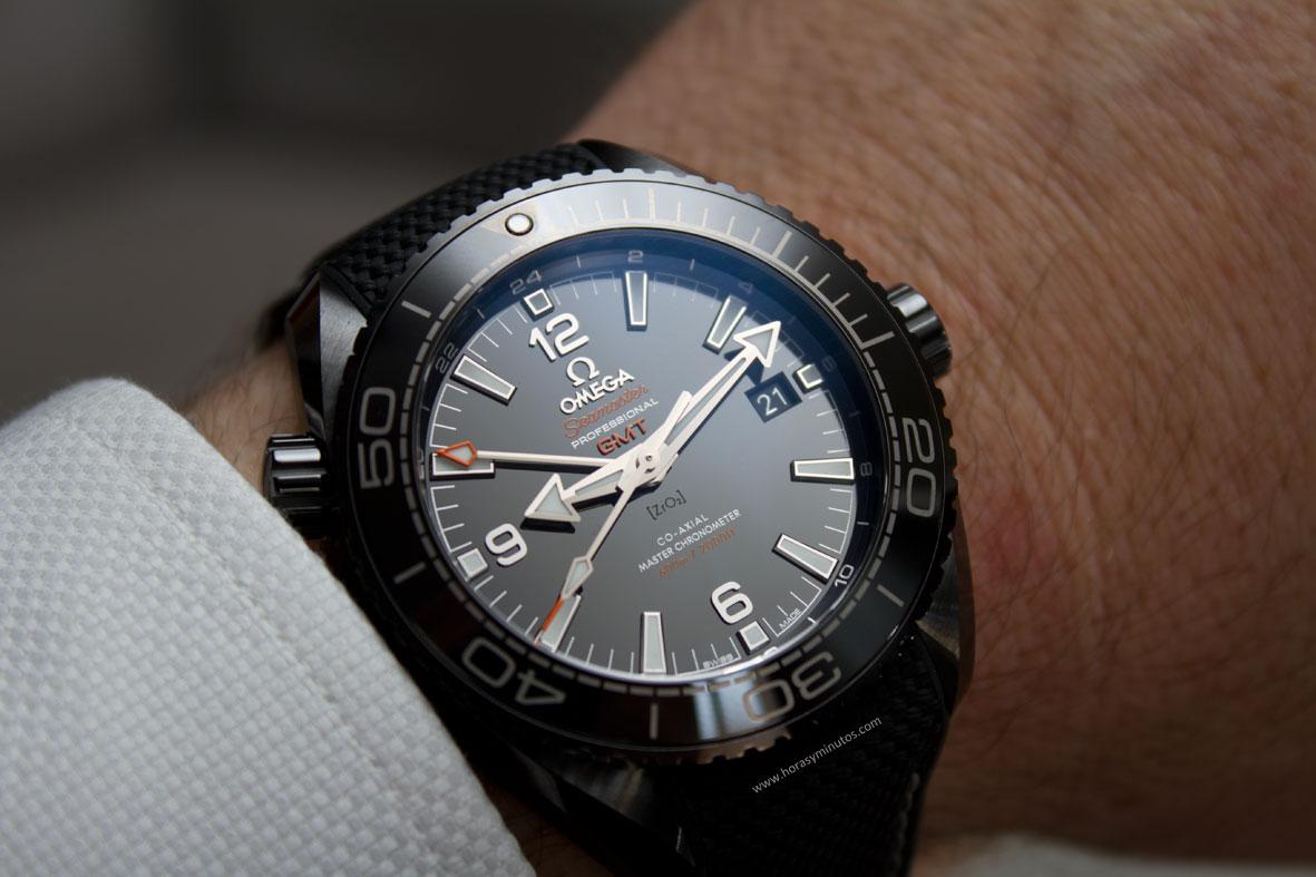 Omega-Seamaster-Planet-Ocean-Deep-Black-23-Horasyminutos