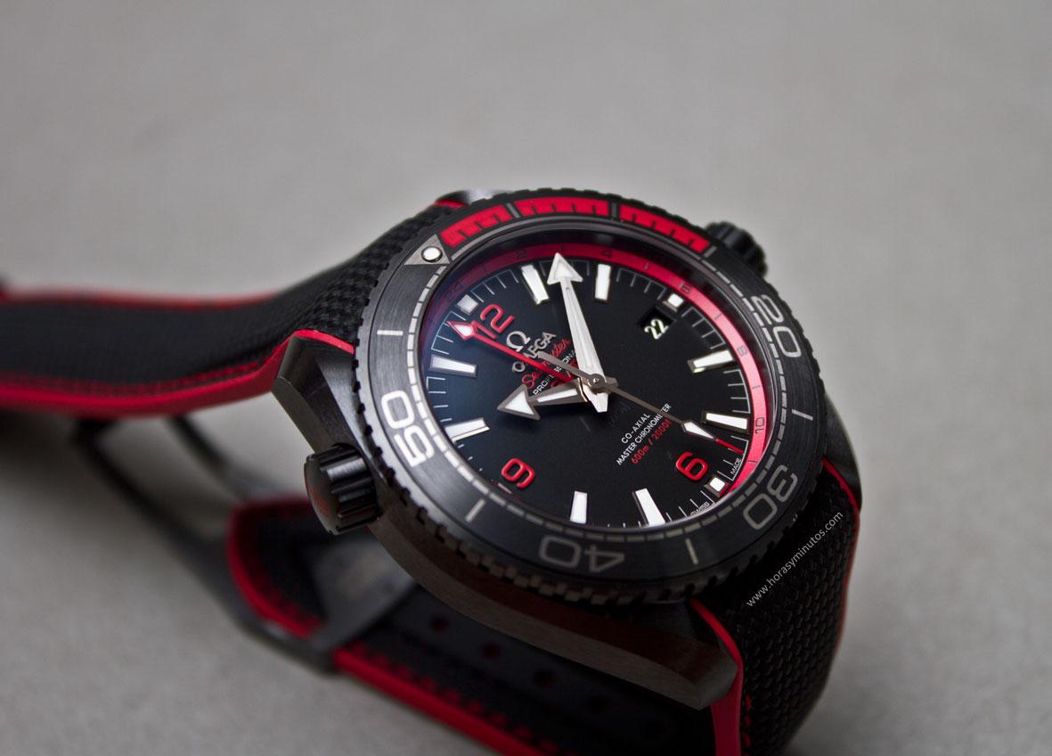 Omega-Seamaster-Planet-Ocean-Deep-Black-6-Horasyminutos