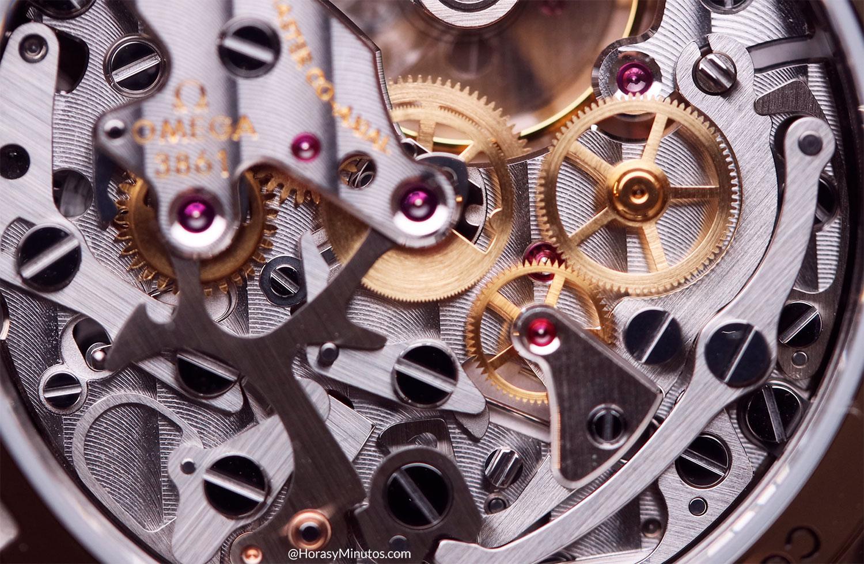 Detalle del calibre 3861 del Omega Speedmaster Moonwatch 2021