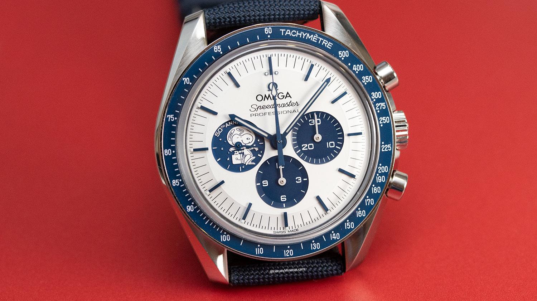 Esfera del Omega Speedmaster Silver Snoopy Award 50th Anniversary