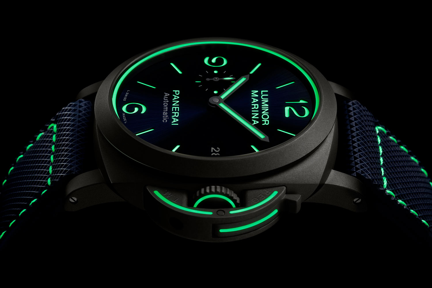 Lateral del Panerai Luminor Marina PAM01117