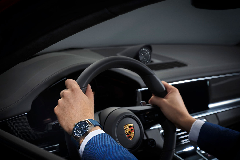 Así queda el Porsche Design Sport Chrono Subsecond azul