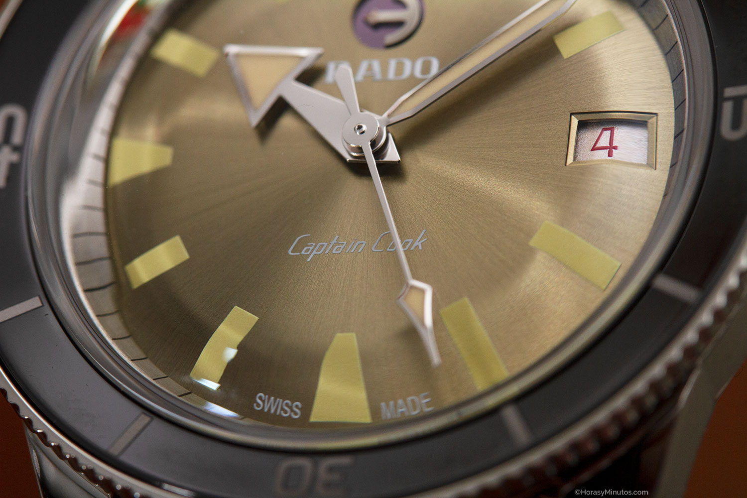 Detalle de la esfera del Rado Captain Cook 37 mm Limited Edition