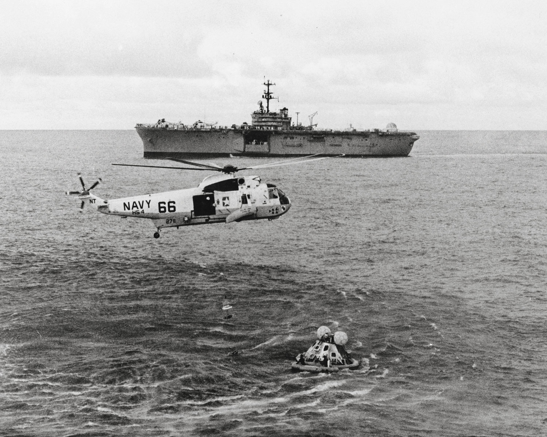 Recuperación de la tripulación del Apolo 13