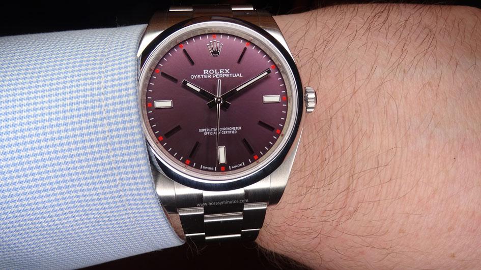 Rolex-Oyster-Perpetual-39-mm-esfera-red-grape-Horasyminutos