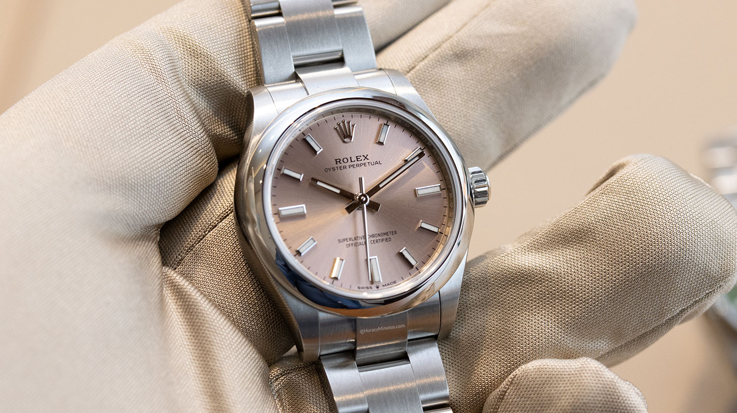 Rolex Oyster Perpetual 28 mm 2020 Referencia 124300 rosa