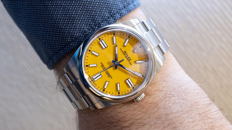 El Rolex Oyster Perpetual 41 mm 2020 Referencia 124300 amarillo, puesto