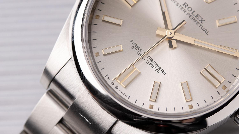 Detalle del Rolex Oyster Perpetual plateado
