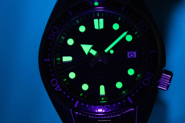 LumiBrite de los Seiko Twilight Blue y Dark Green Sunset