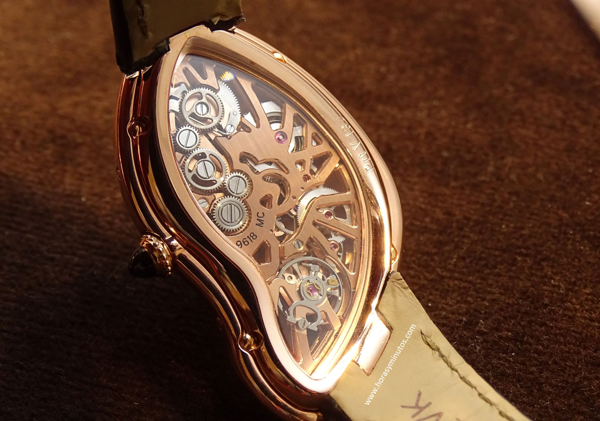 SIHH-2016-CARTIER-Crash-Skeleton-Oro-Rosa-reverso