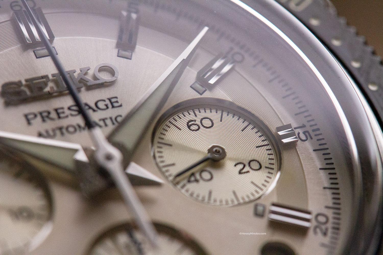 Detalle de la esfera del Seiko Presage Chronograph SRQ031