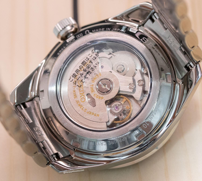 Calibre 6R34 de los Seiko Sharp Edged GMT