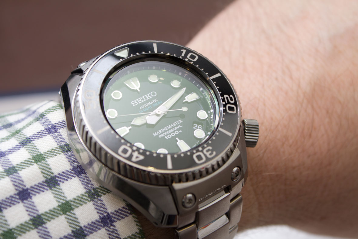 Seiko-Prospex-Marinemaster-Professional-Divers-1000m-Hi-Beat-7-Horasyminutos
