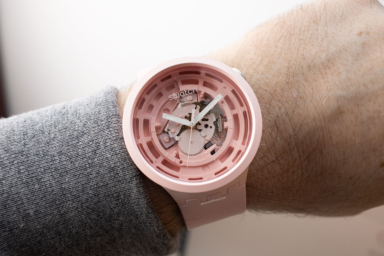 Así queda el Swatch Big Bold Next rosa