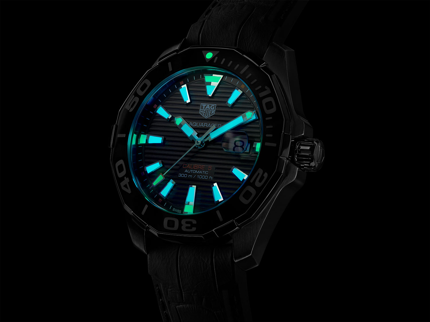 Tratamiento con Super-LumiNova del TAG Heuer Aquaracer Collection Carey