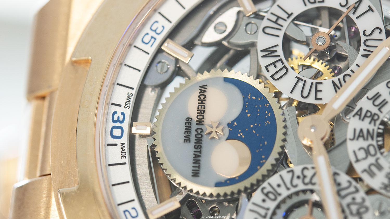 Detalle de la fase lunar del acheron Constantin Overseas Perpetual Calendar Ultra Thin Skeleton